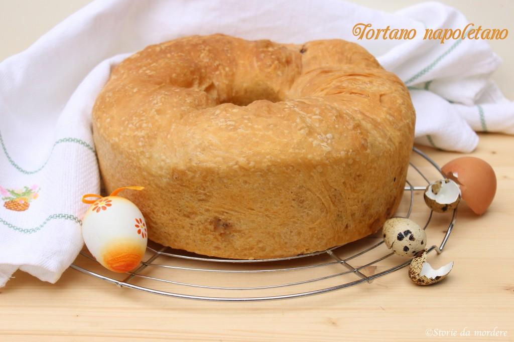 tortano casatiello napoletano